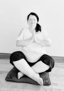 Suzanne Sirois, Fondatrice du Collectif de professeurs Yoga Rondeurs